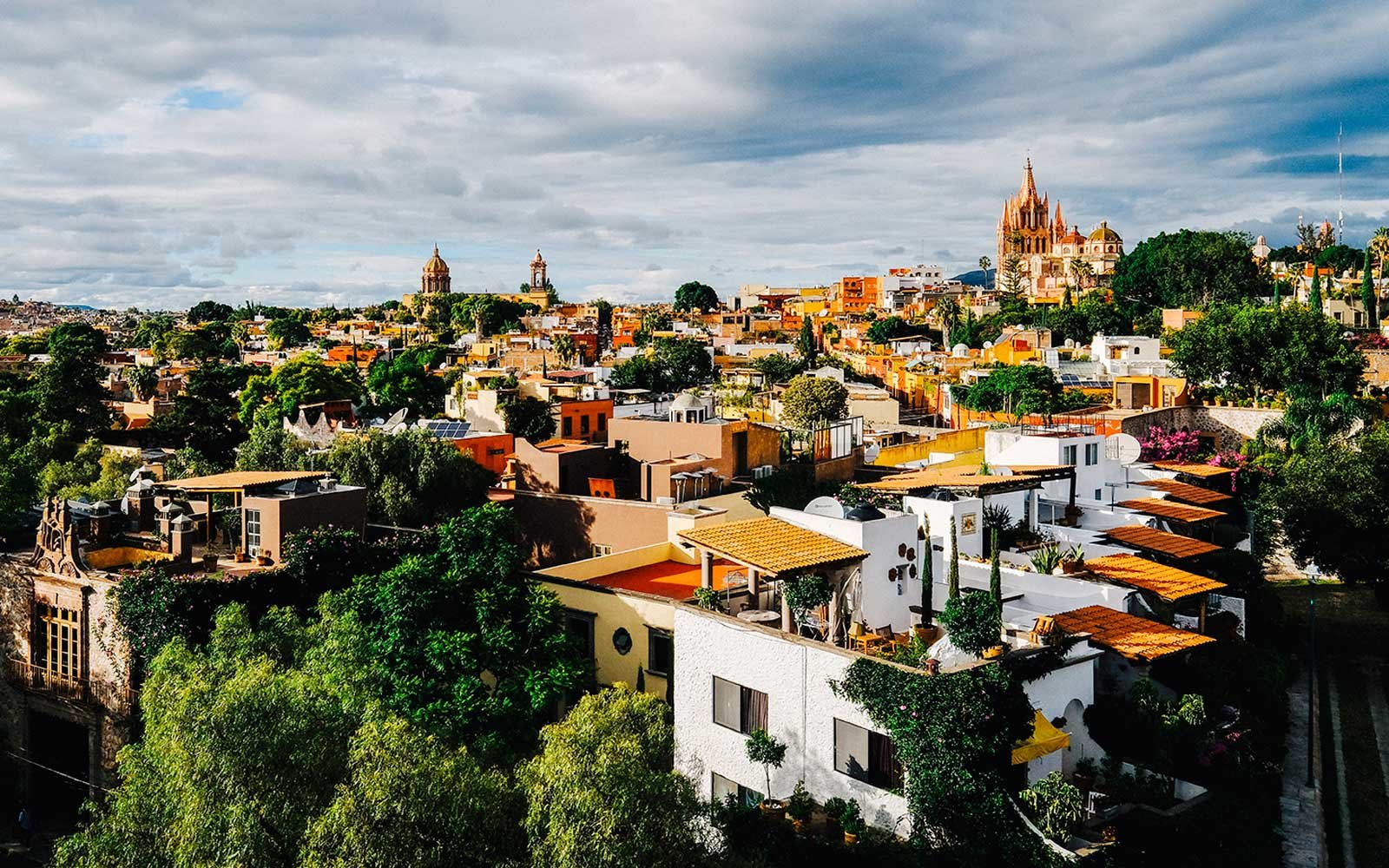 san miguel big and beautiful singles The best bars in san miguel de allende food and a bottle of wine with a big group of widely known in san miguel as one of the best places in town to.