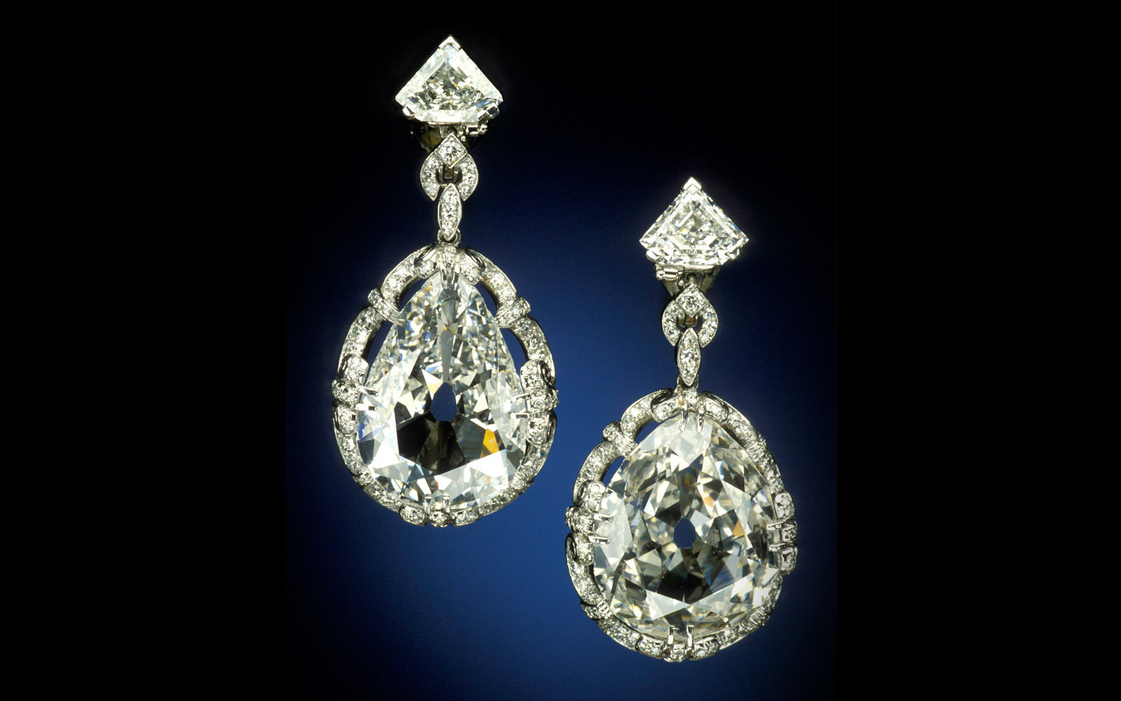 Marie Antoinette Earrings, Smithsonian Museum of Natural History, Washington, D.C.