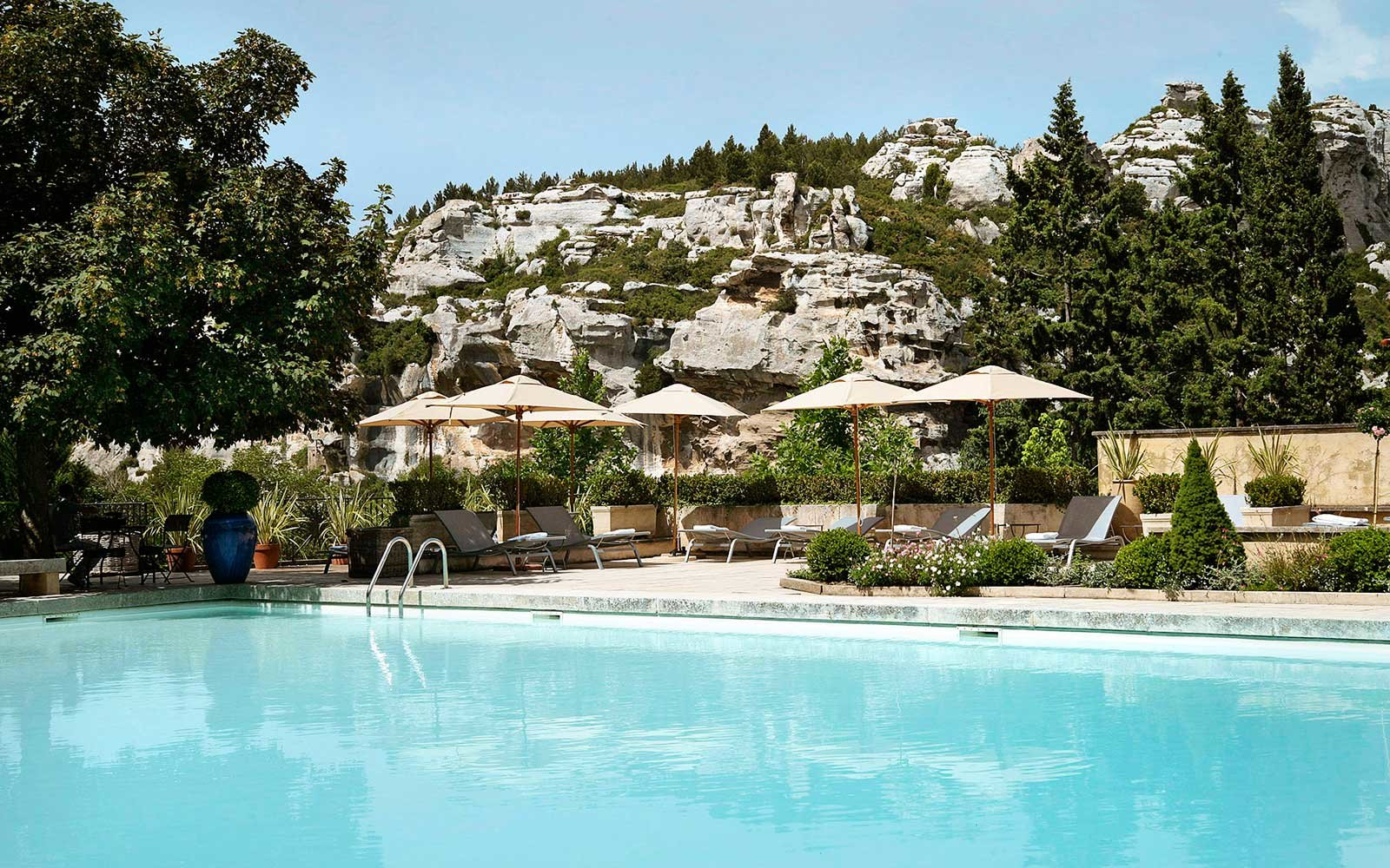 The 2017 world 39 s best resort hotels in france travel for Les sites des hotels