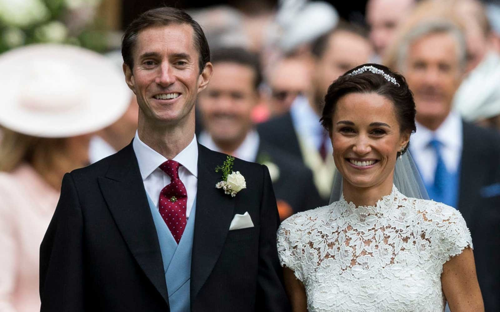 ENGLEFIELD GREEN, ENGLAND - MAY 20:  Pippa Middleton and James Matthews after their wedding at St Mark's Church on May 20, 2017 in Englefield Green, England.  (Photo by UK Press Pool/UK Press via Getty Images)