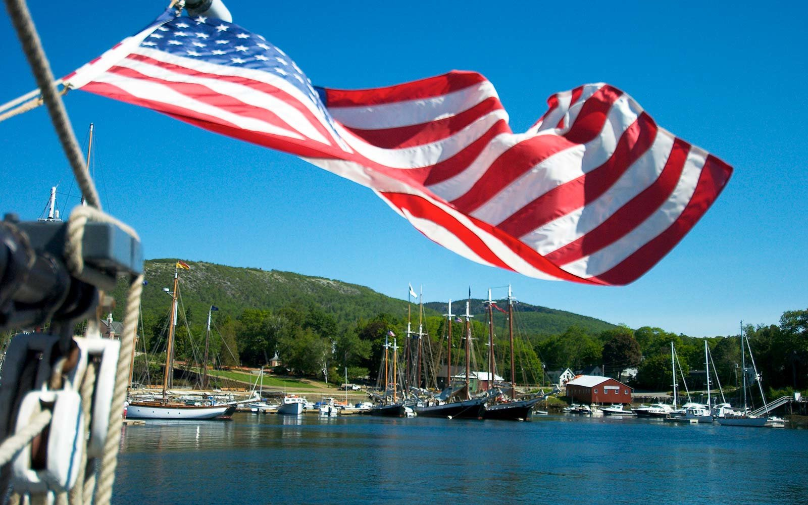 Best Time to Book July 4 Travel