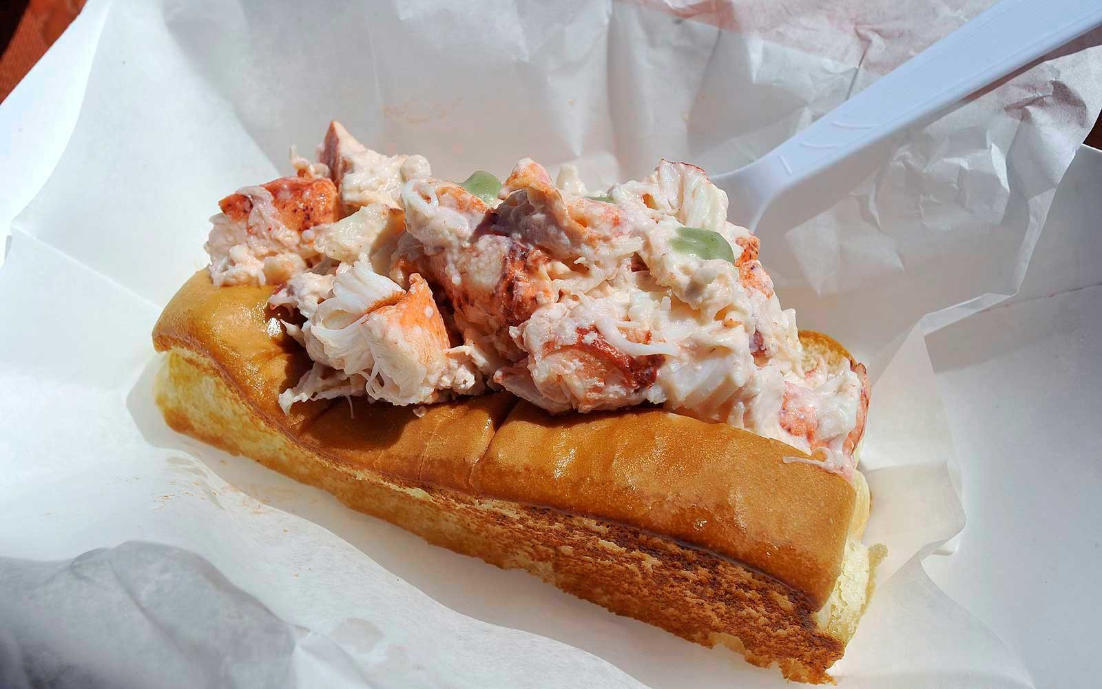 Where to Eat Lobster Rolls This Summer
