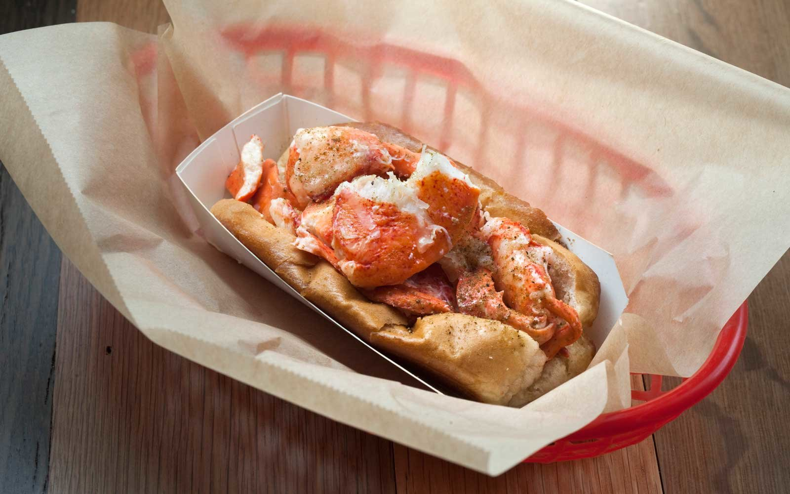 Famous Lobster Rolls in Boston