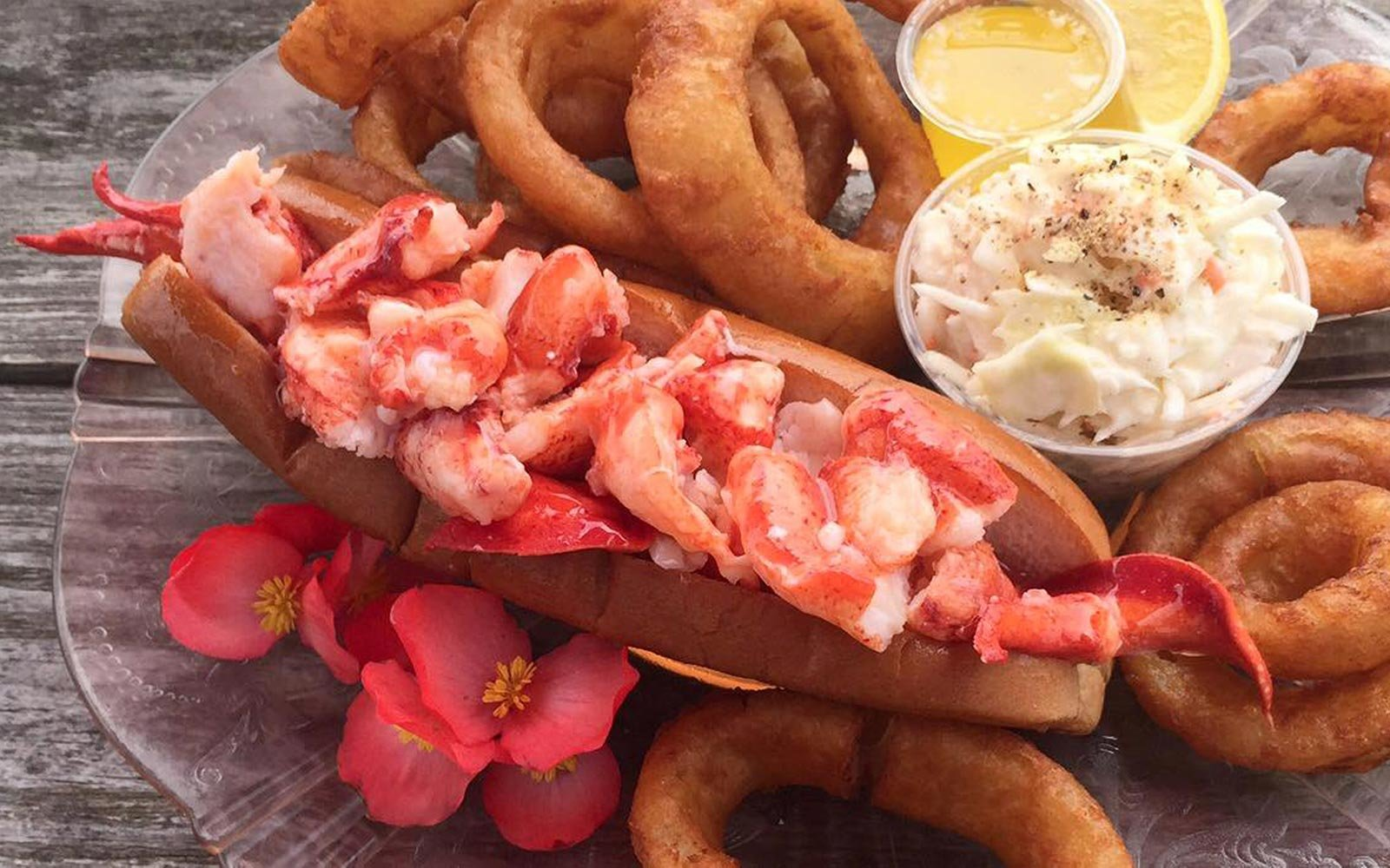Lobster Rolls to Eat This Summer