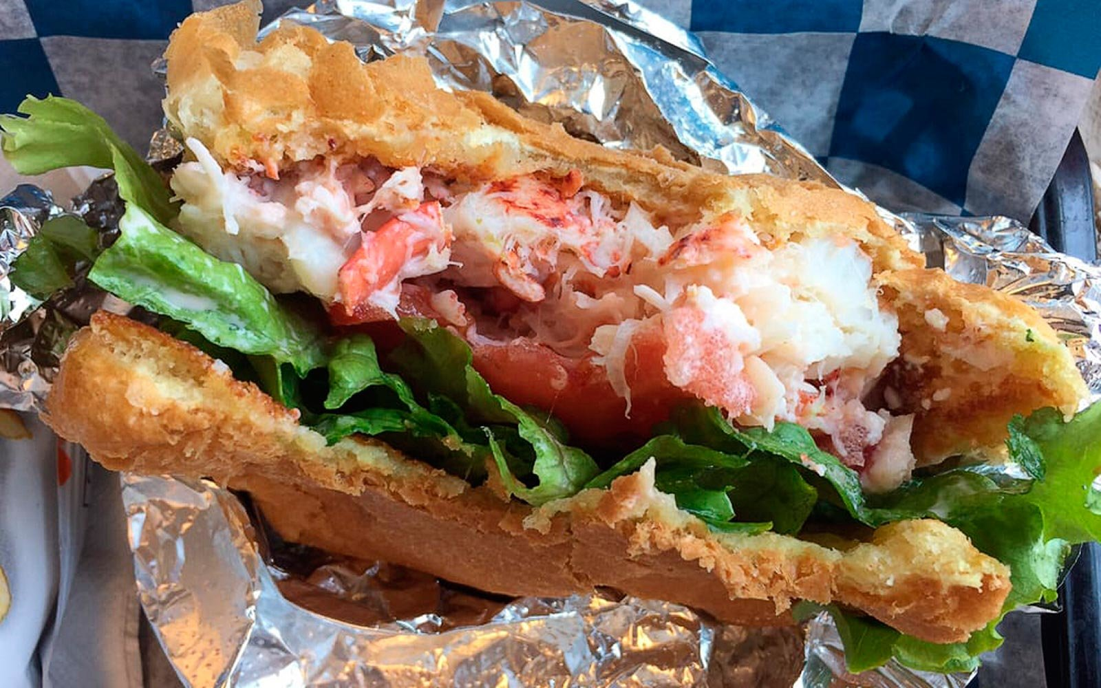 Classic Lobster Rolls in New Hampshire