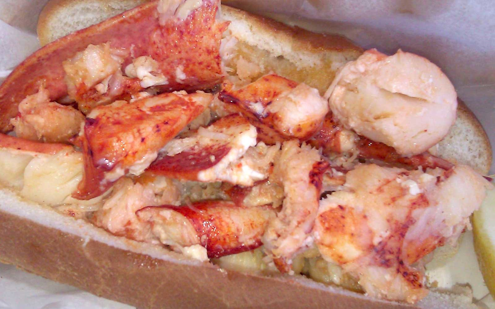 Local Lobster Rolls in Connecticut