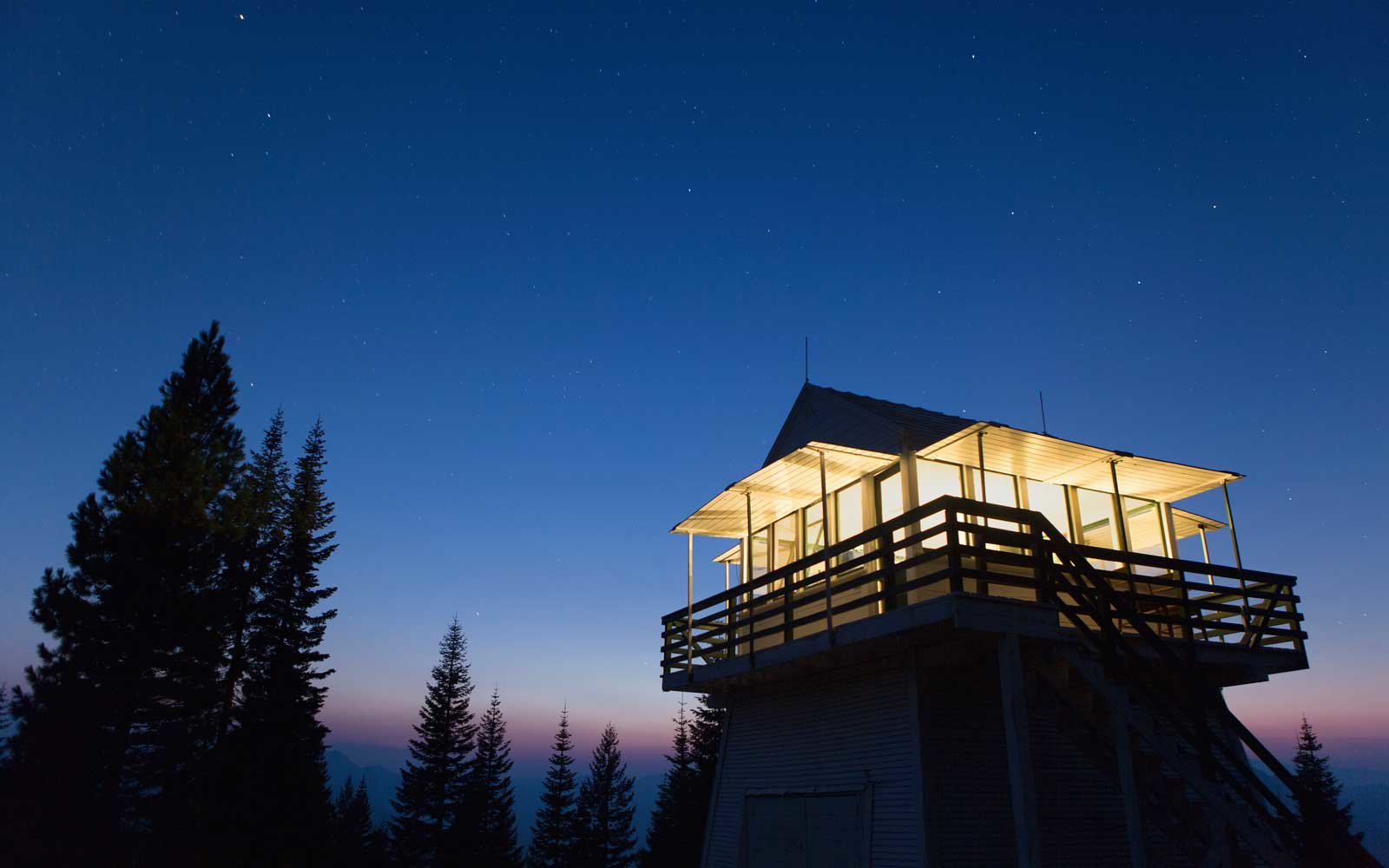 Fire Towers To Rent in California