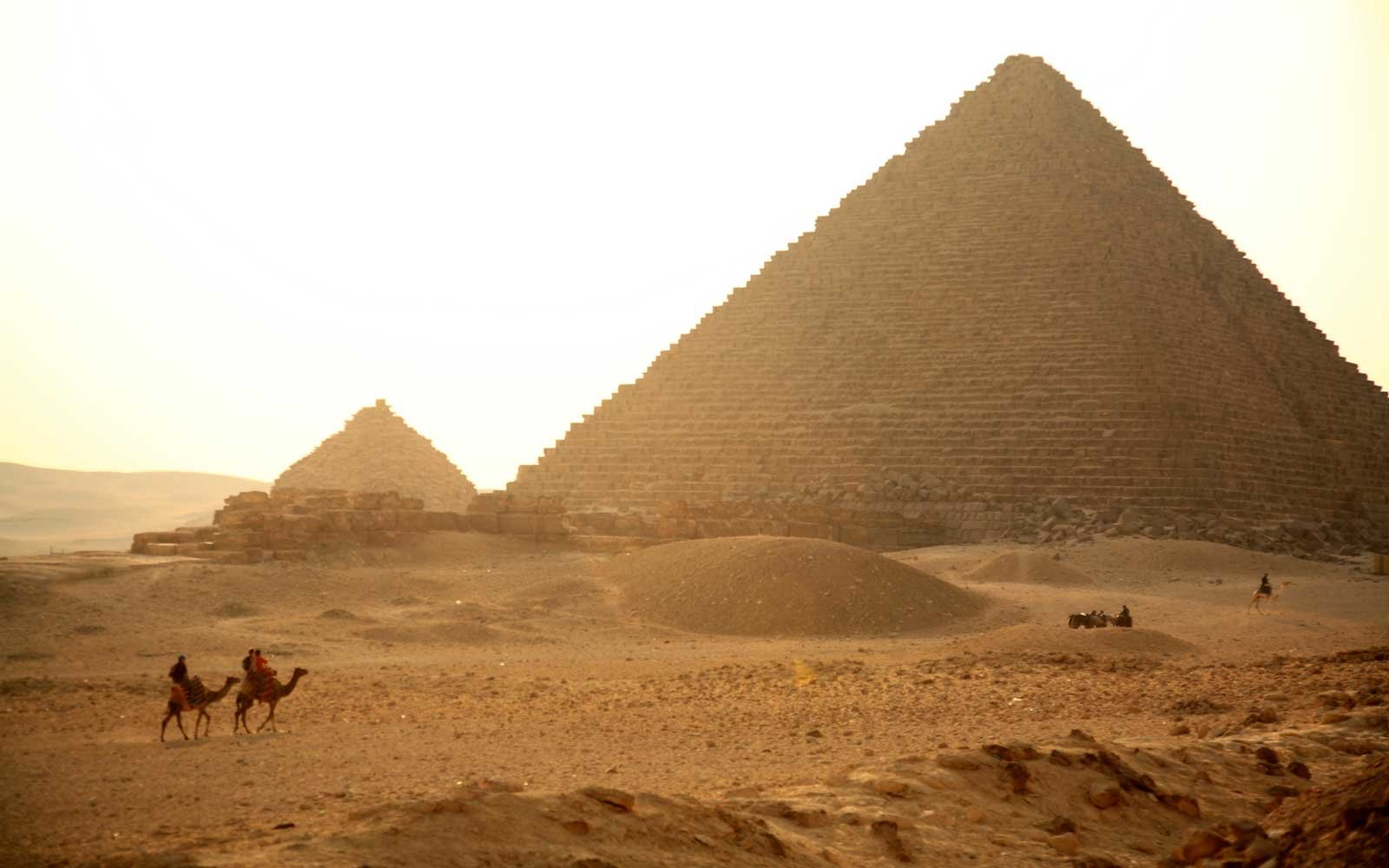 Giza Pyramid Complex with the Great Pyramid