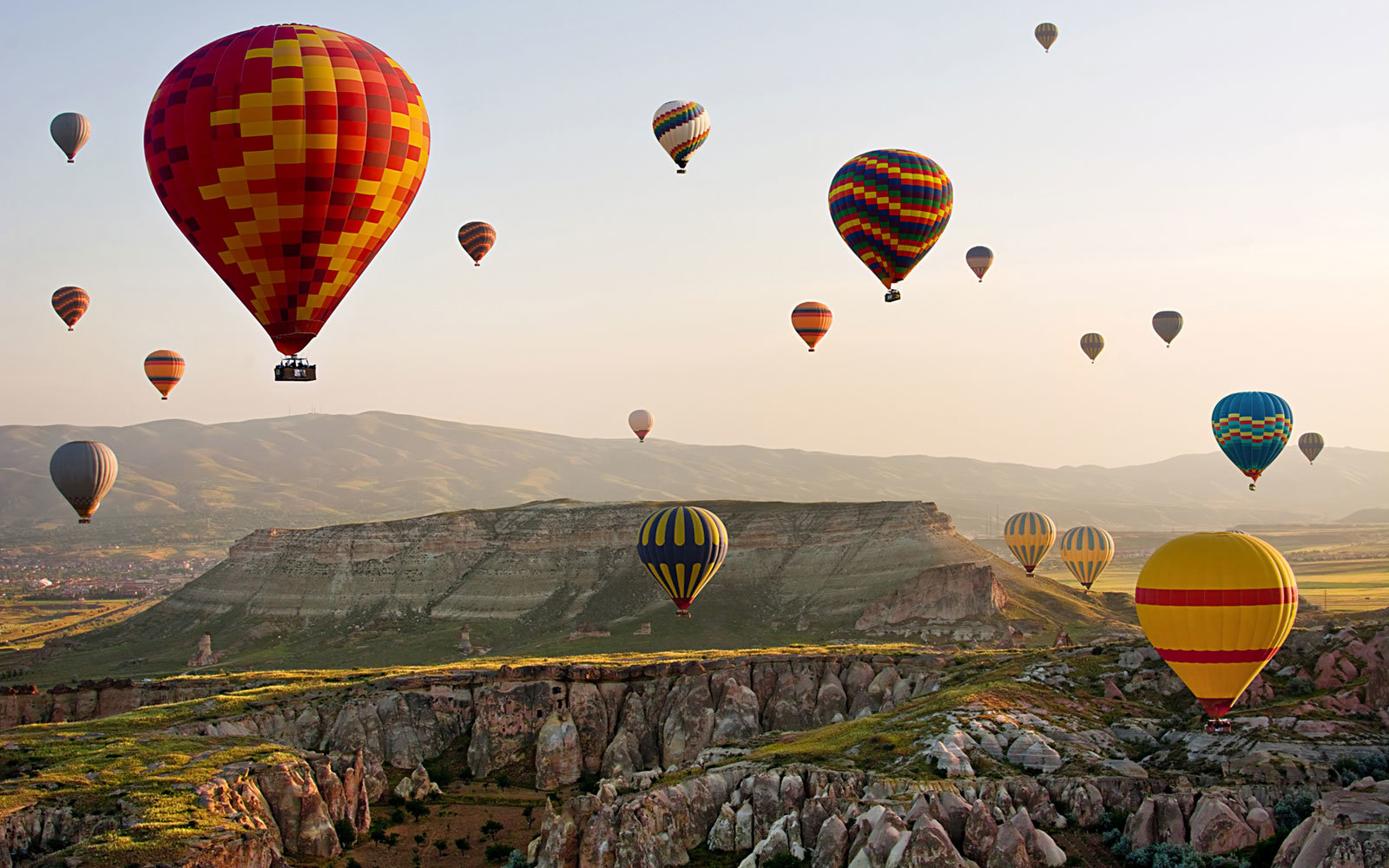 Hot Air Ballons, Early Morning, Cappadocia, Turkey