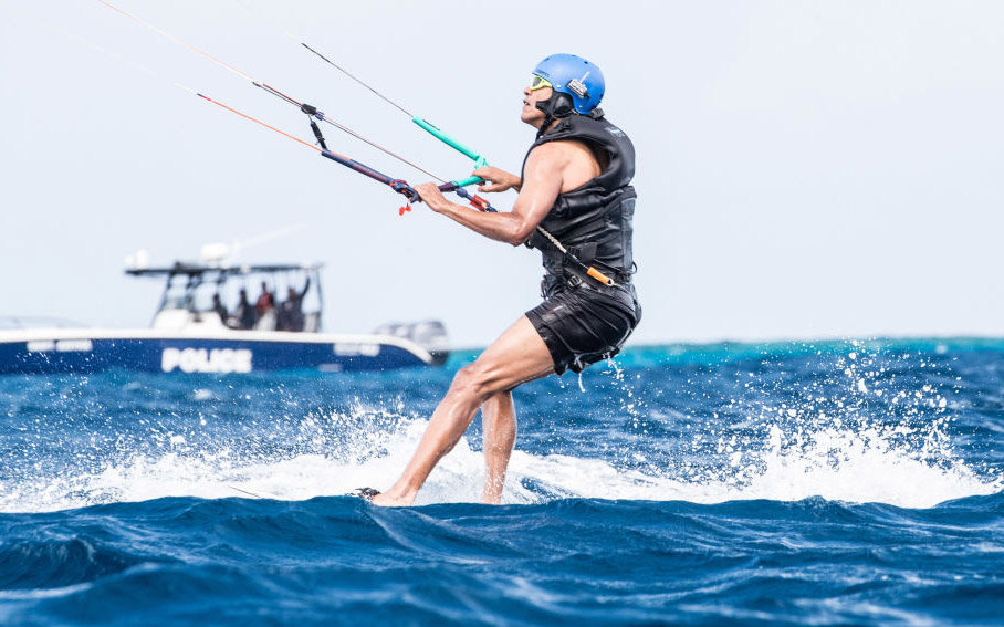 UNSPCIFIED, BRITISH VIRGIN ISLANDS - JANUARY 29: Former President Barack Obama kitesurfs at Richard Branson's Necker Island retreat on January 29, 2017 in the British Virgin Islands. Former President Obama and his wife Michelle have been on an extended va
