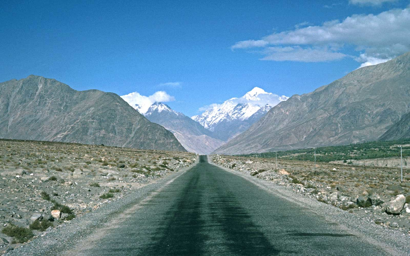 Karakoram Mountains, Karakoram Highway, Silk Road, Gilgit-Baltistan Administrative Area, Pakistan