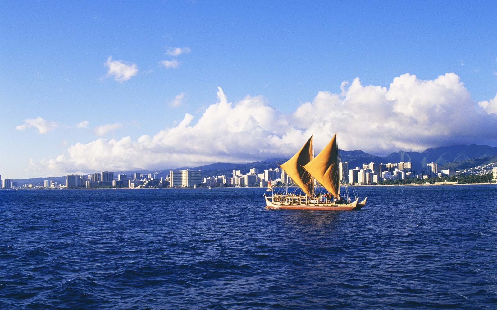 Hokulea Ancient Canoe Hawaii Travels Around the World