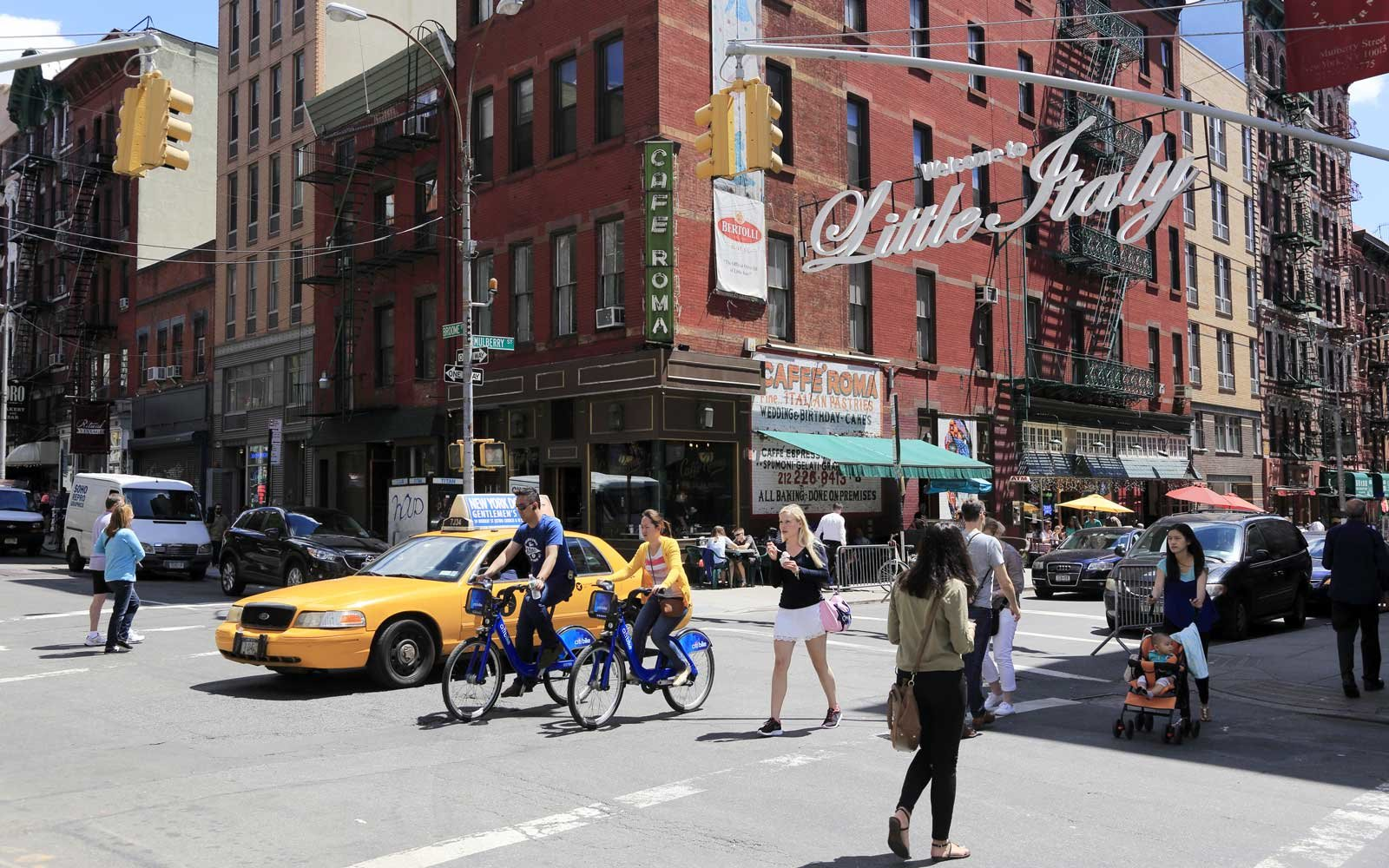 6 Of New York City S Most Authentic Little Italy Restaurants