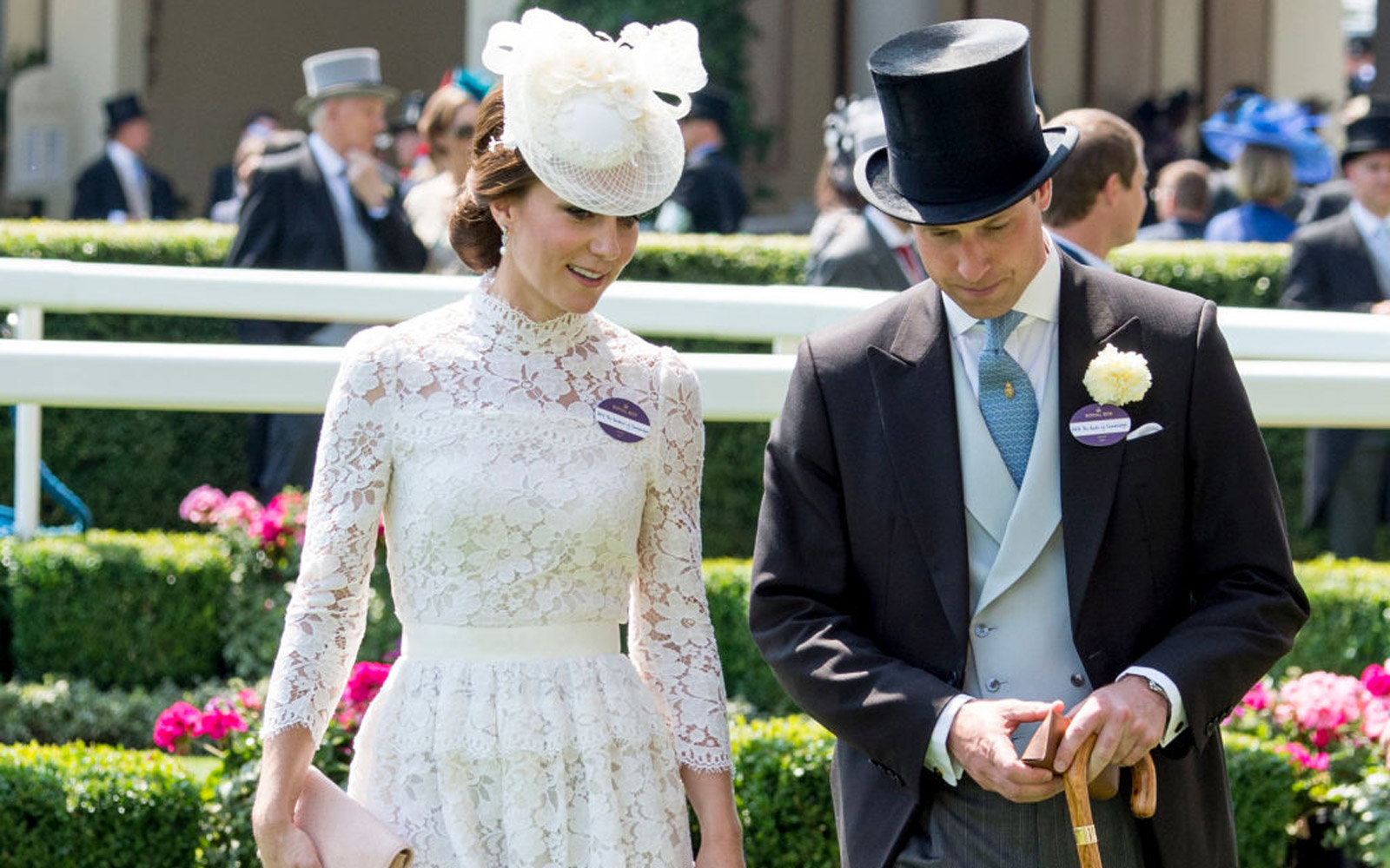 ASCOT, ENGLAND - JUNE 20:  Prince William, Duke of Cambridge and Catherine, Duchess of Cambridge attend Royal Ascot 2017 at Ascot Racecourse on June 20, 2017 in Ascot, England.  (Photo by Mark Cuthbert/UK Press via Getty Images)