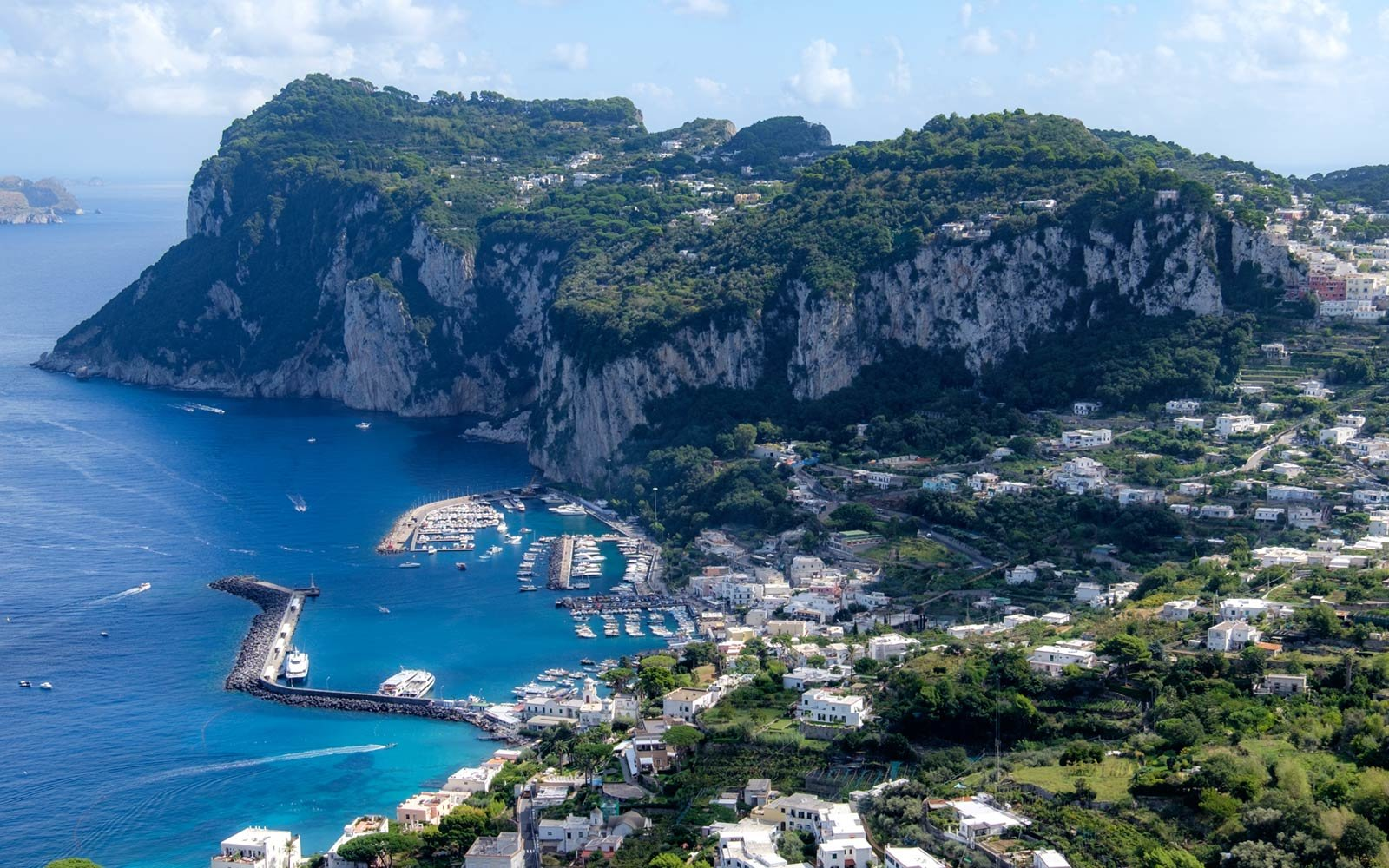 Mayor of Capri Says the Island Could 'Explode' From Too ...