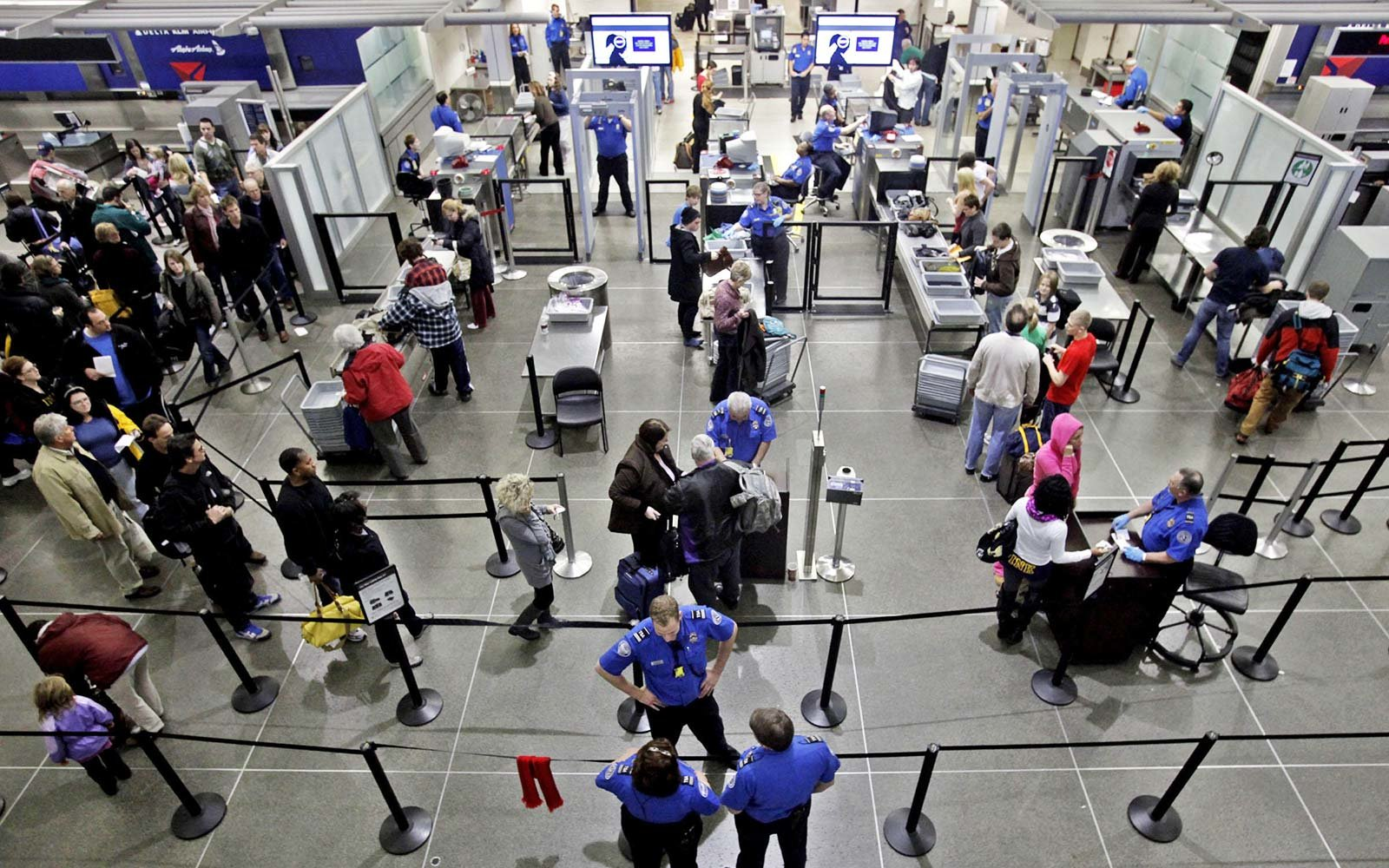 how to work for tsa airport