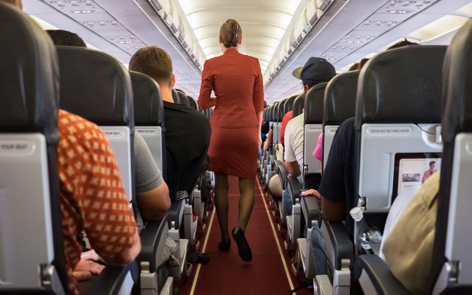 Iberian Airline Flight Attendants Sue pregnancy test