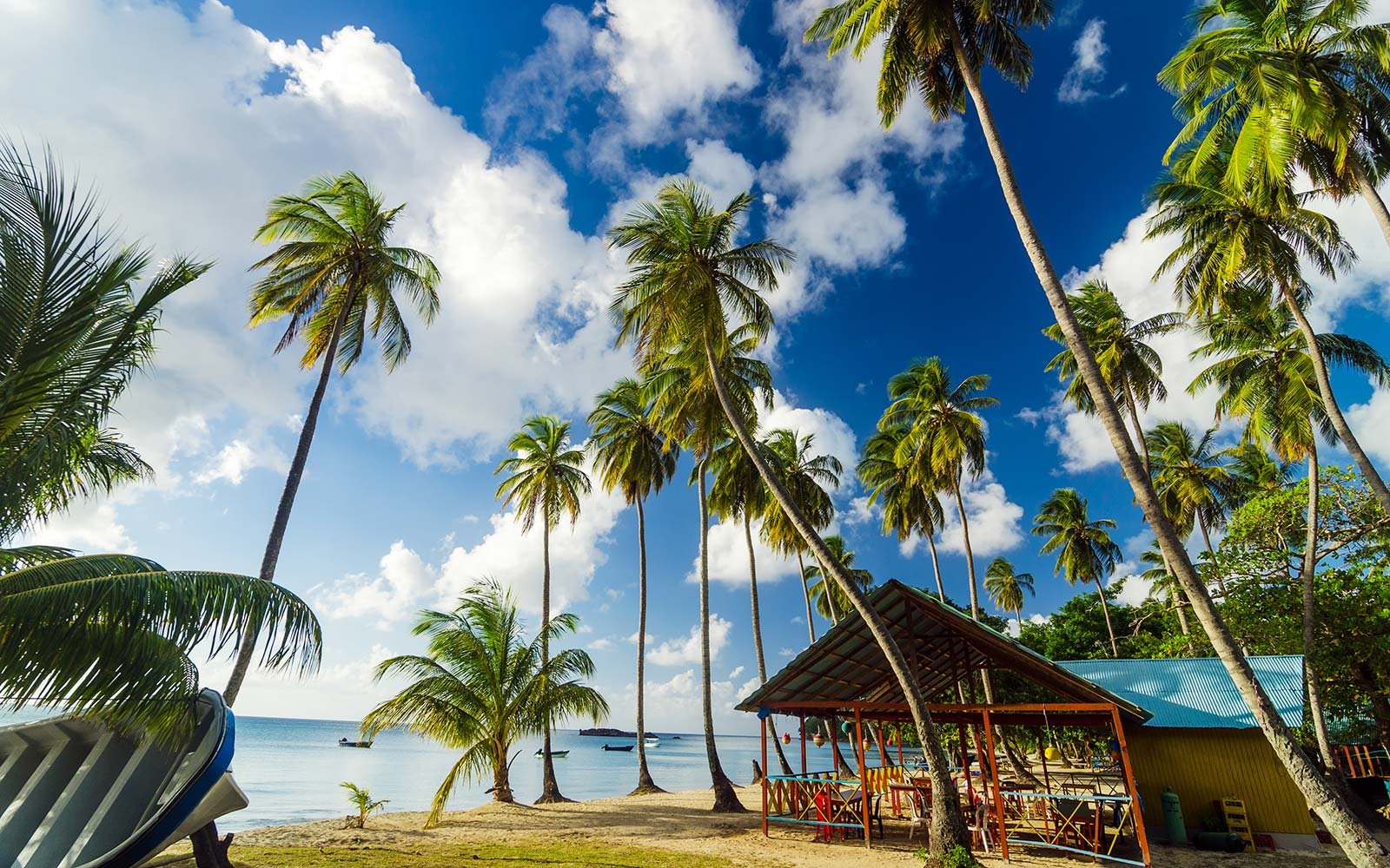 Colombia Style Travel Fashion Guide Providencia Island