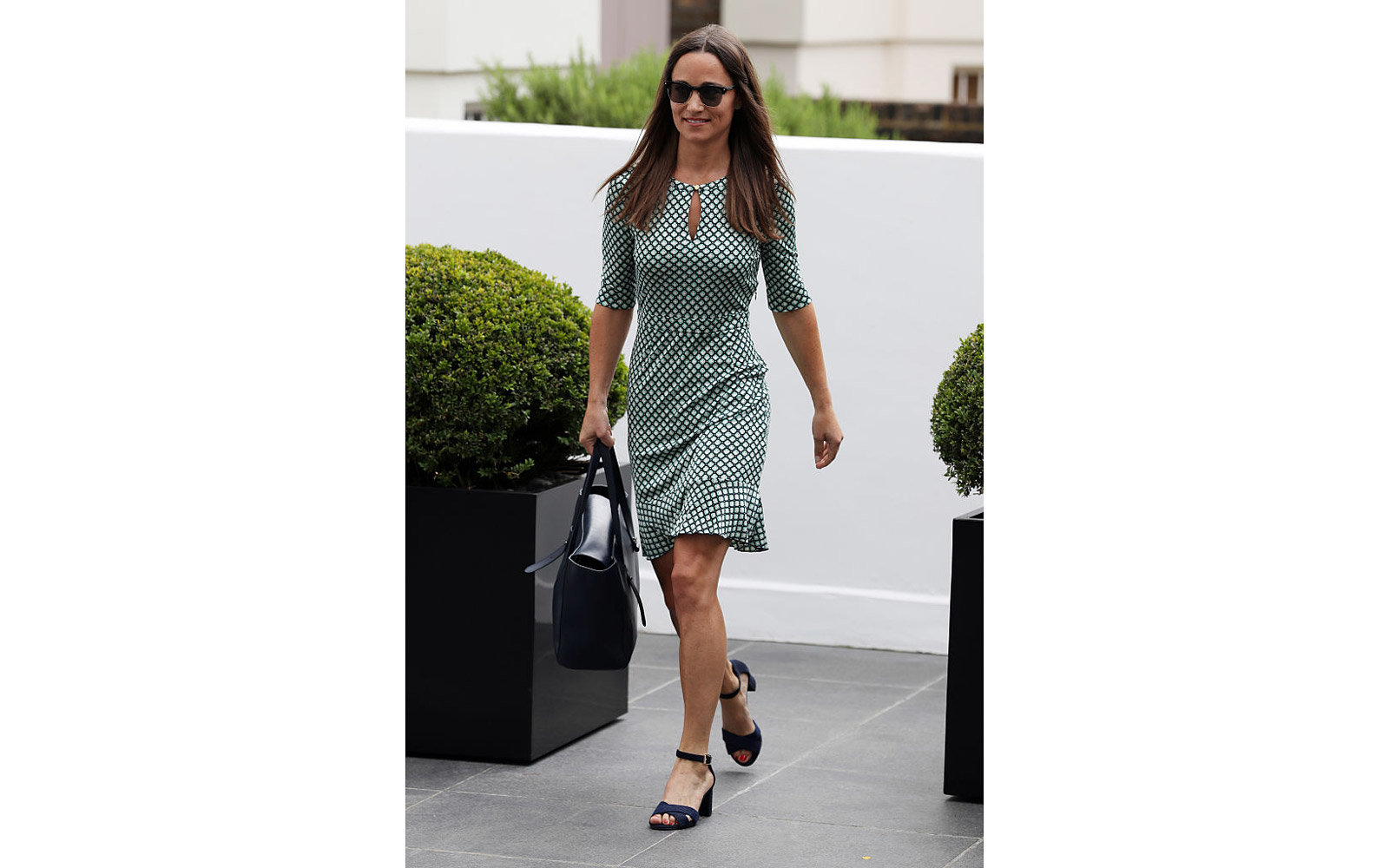 LONDON, UNITED KINGDOM - JULY 21:  Pippa Middleton leaves home on July 21, 2016 in London, England. (Photo by Alex Huckle/GC Images)