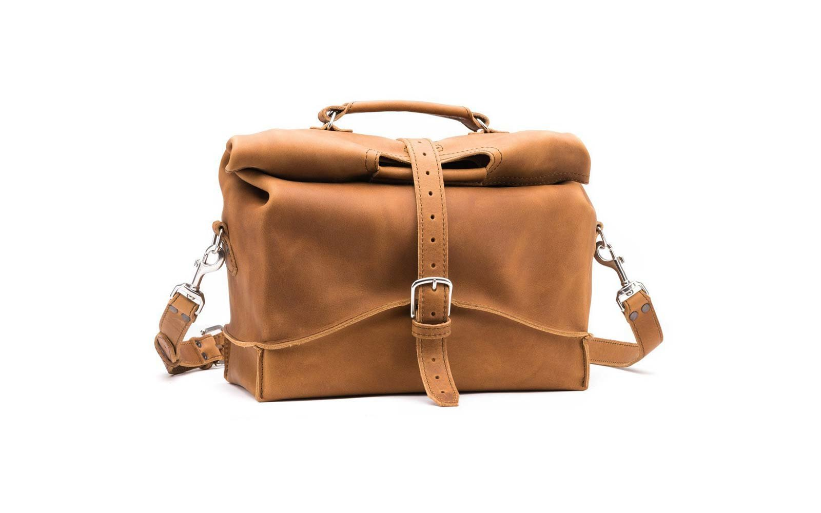 saddle back leather bag