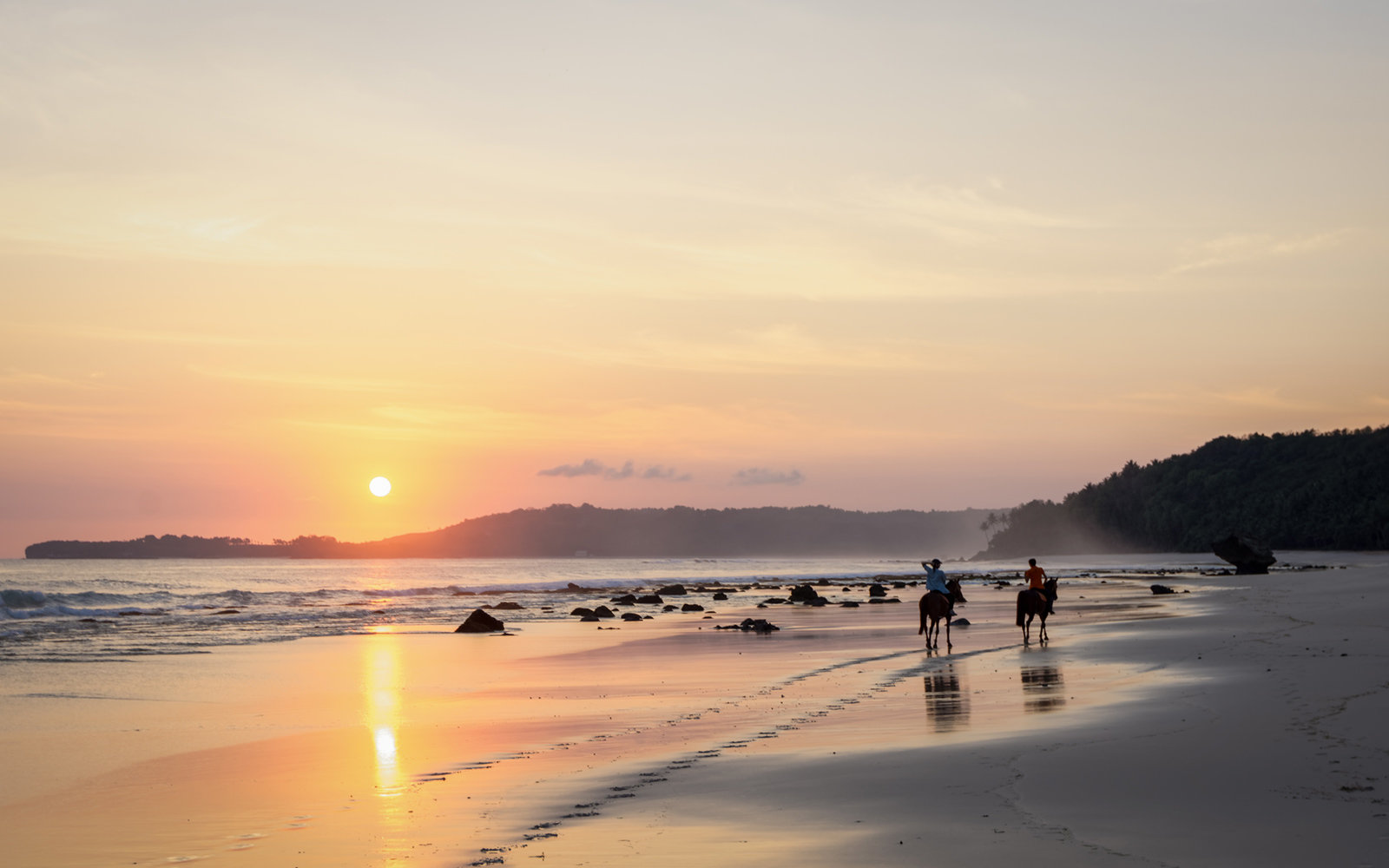 Horseback Riding, Sunset, Beach, Nihiwatu, Sumba, Indonesia