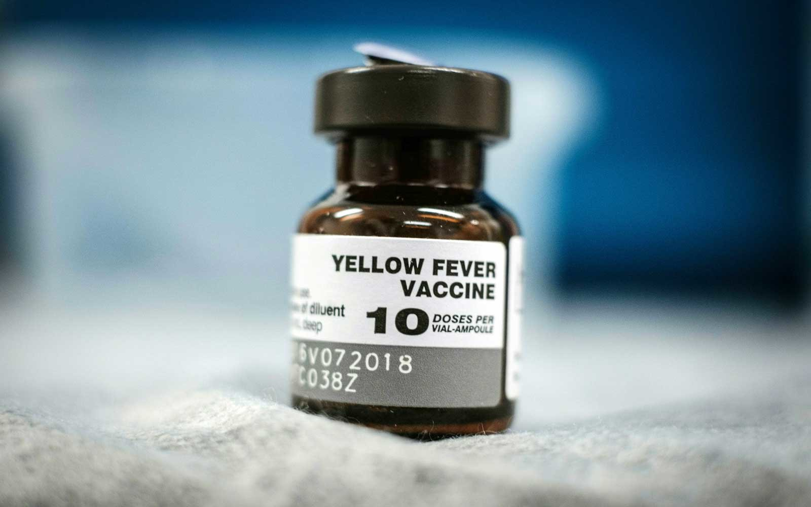 viaggio, yellowe fever, vaccini, no-vax
