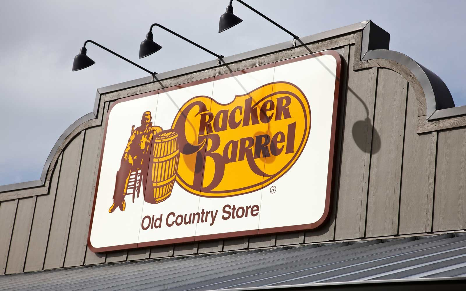 Cracker Barrel restaurant sign.