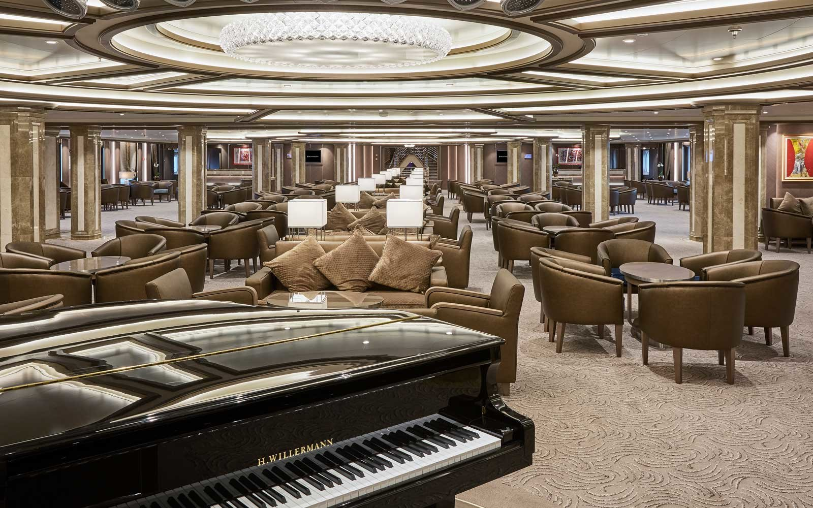 Silversea Silver Muse Piano Lounge