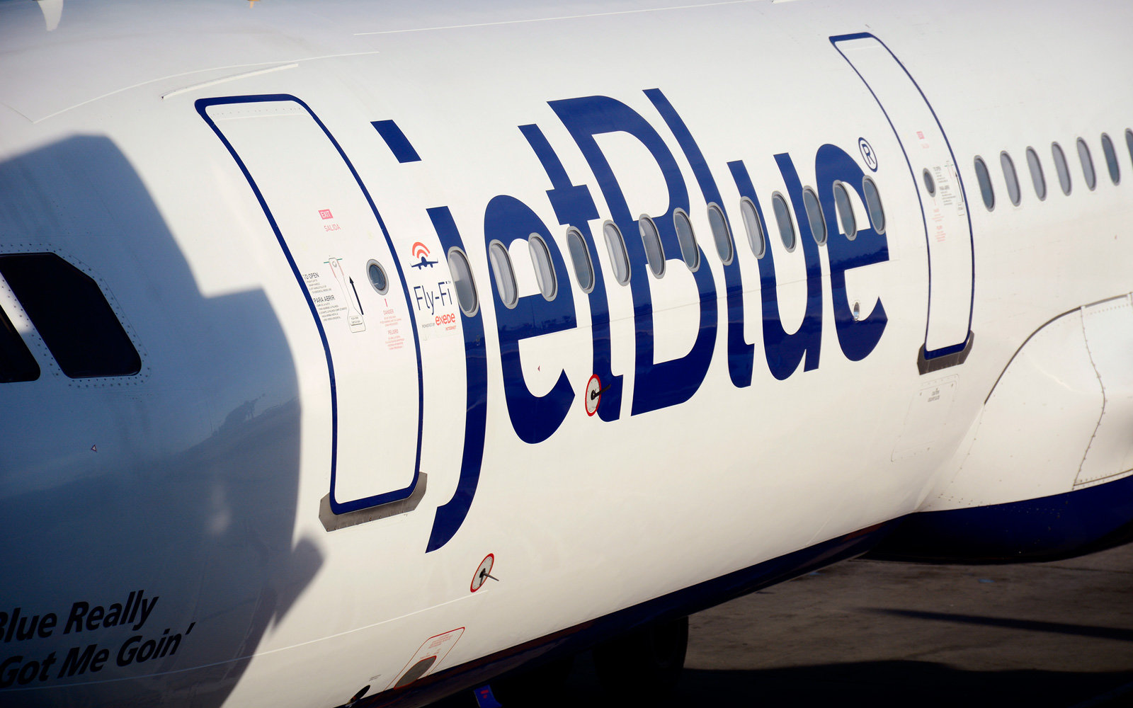 JetBlue fall flash sale.