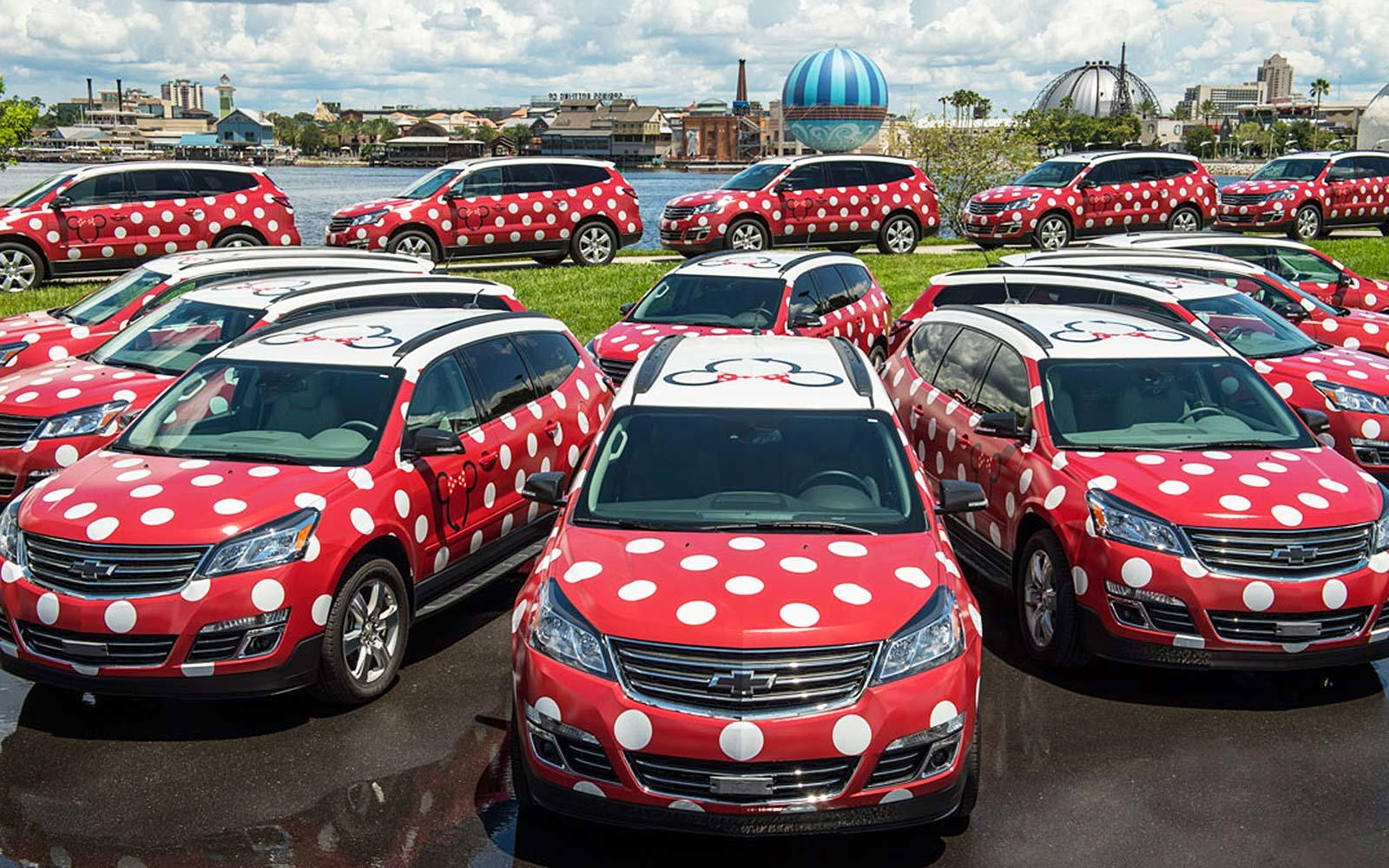 Lyft Minnie Vans Car Service Disney World Resort Florida