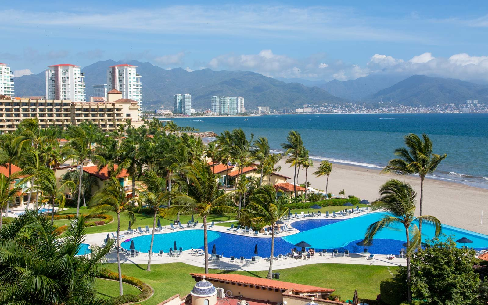 Amazing puerto vallarta all inclusive resorts travel for Alaska airlines vacations all inclusive