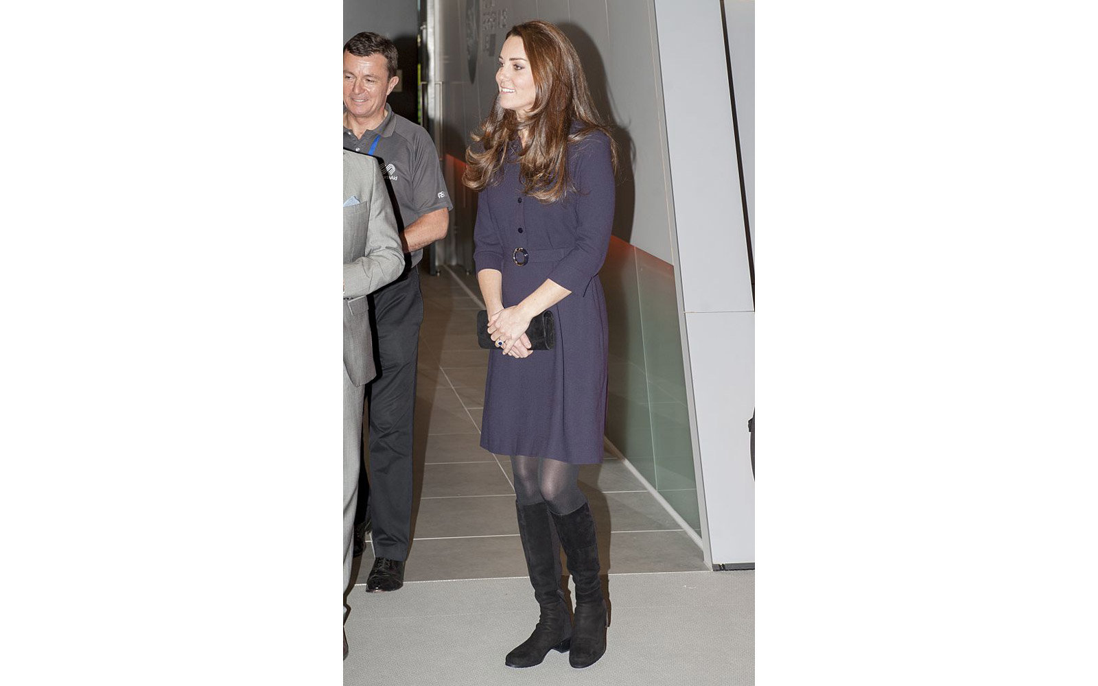 LONDON, ENGLAND - NOVEMBER 12:  Catherine, Duchess of Cambridge, Patron of SportsAid meets potential young athletes at a SportsAid workshop at the GSK Human Performance Laboratory on November 12, 2014 in West London, England.  (Photo by David Parker - WPA