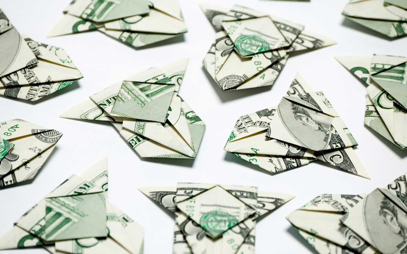 Airplanes made with some 5 dollar bills
