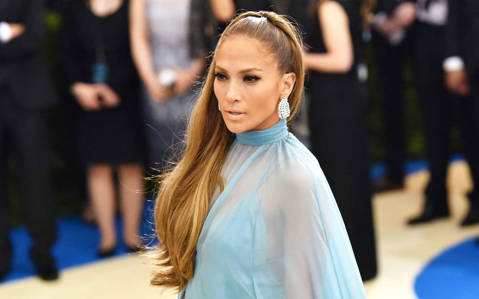 Jennifer Lopez's Summer Hair Secret Is Already In Your