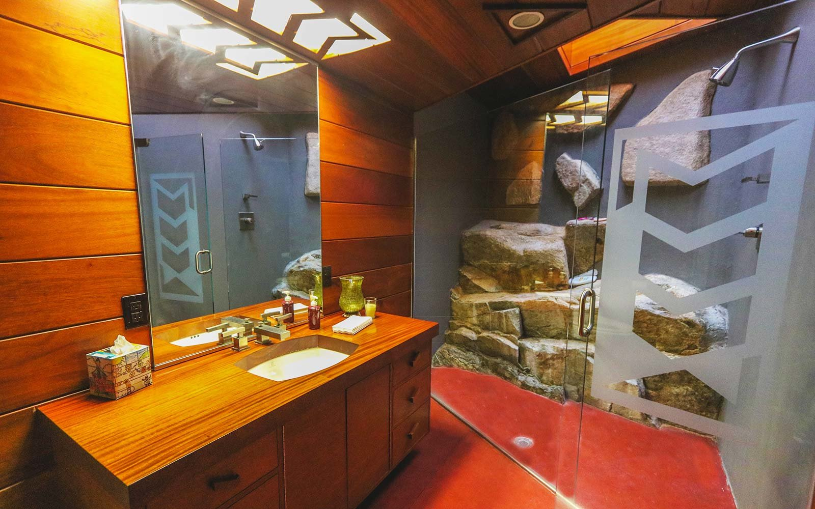 Frank Lloyd Wright Architecture Petra Island New York Massaro House Sale Main House Bathroom