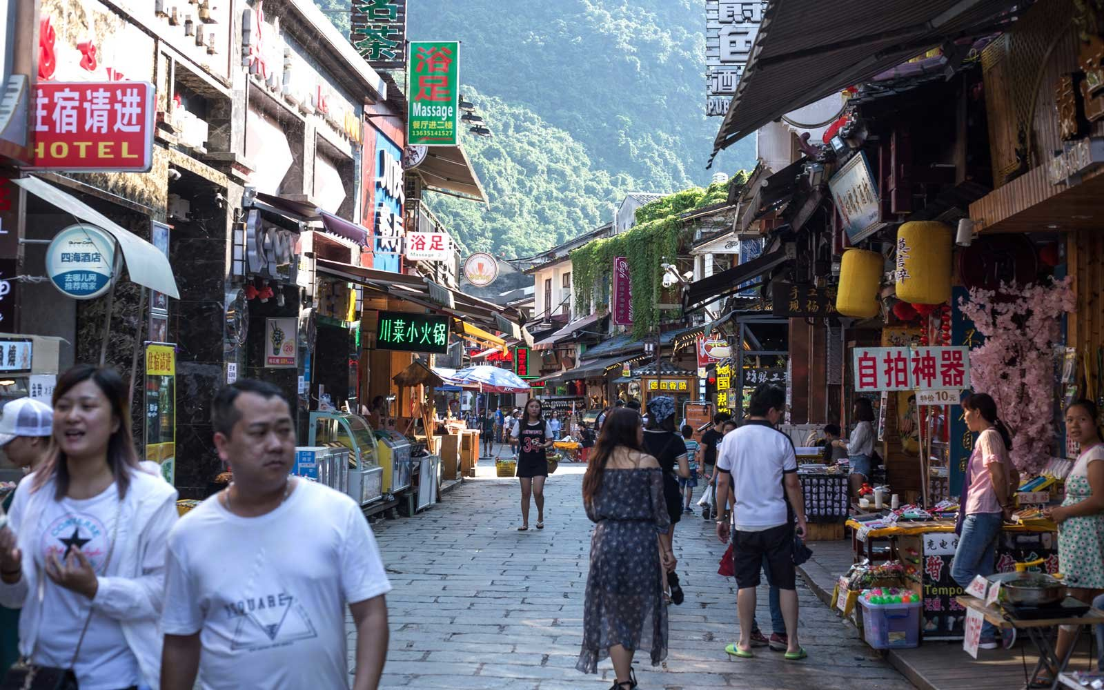Basic words and phrases in mandarin chinese travel leisure basic mandarin chinese words and phrases to learn for your next trip to china kristyandbryce Gallery