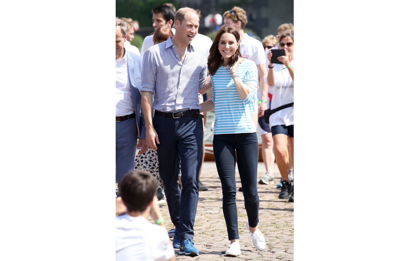 HEIDELBERG, GERMANY - JULY 20:  Prince William, Duke of Cambridge and Catherine, Duchess of Cambridge after participating in a rowing race between the twinned town of Cambridge and Heidelberg on day 2 of their official visit to Germany on July 20, 2017 in