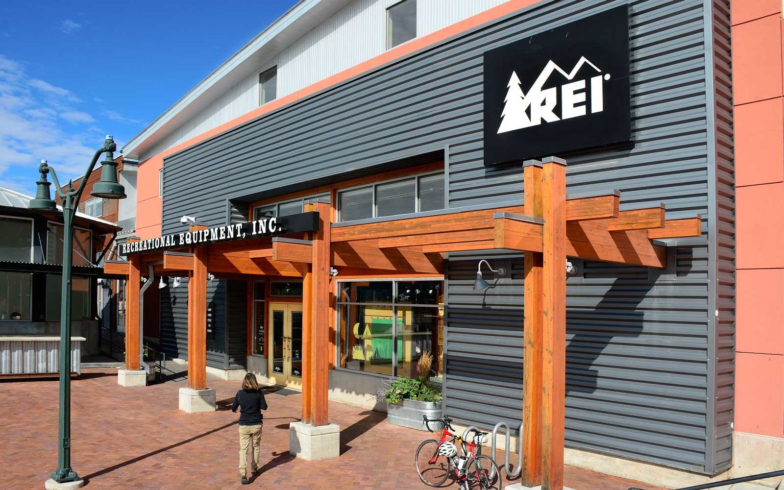 REI Sales for Labor Day