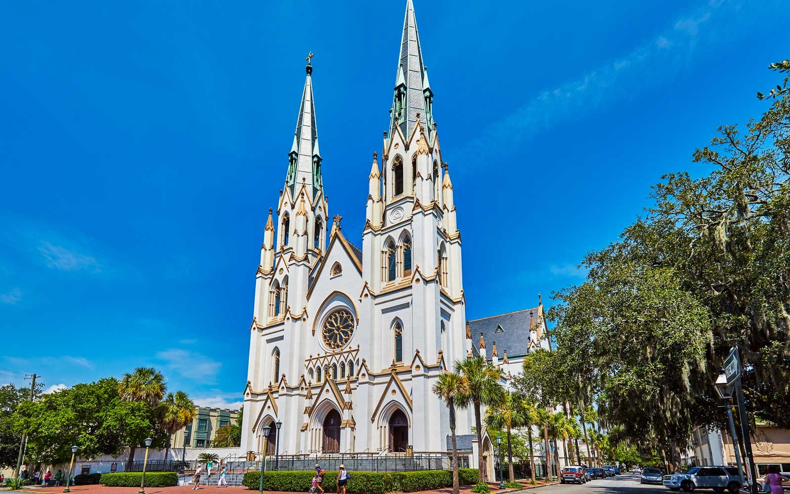 Cathedral of St Johns the Baptist in historic downtown Savannah, Georgia,USA