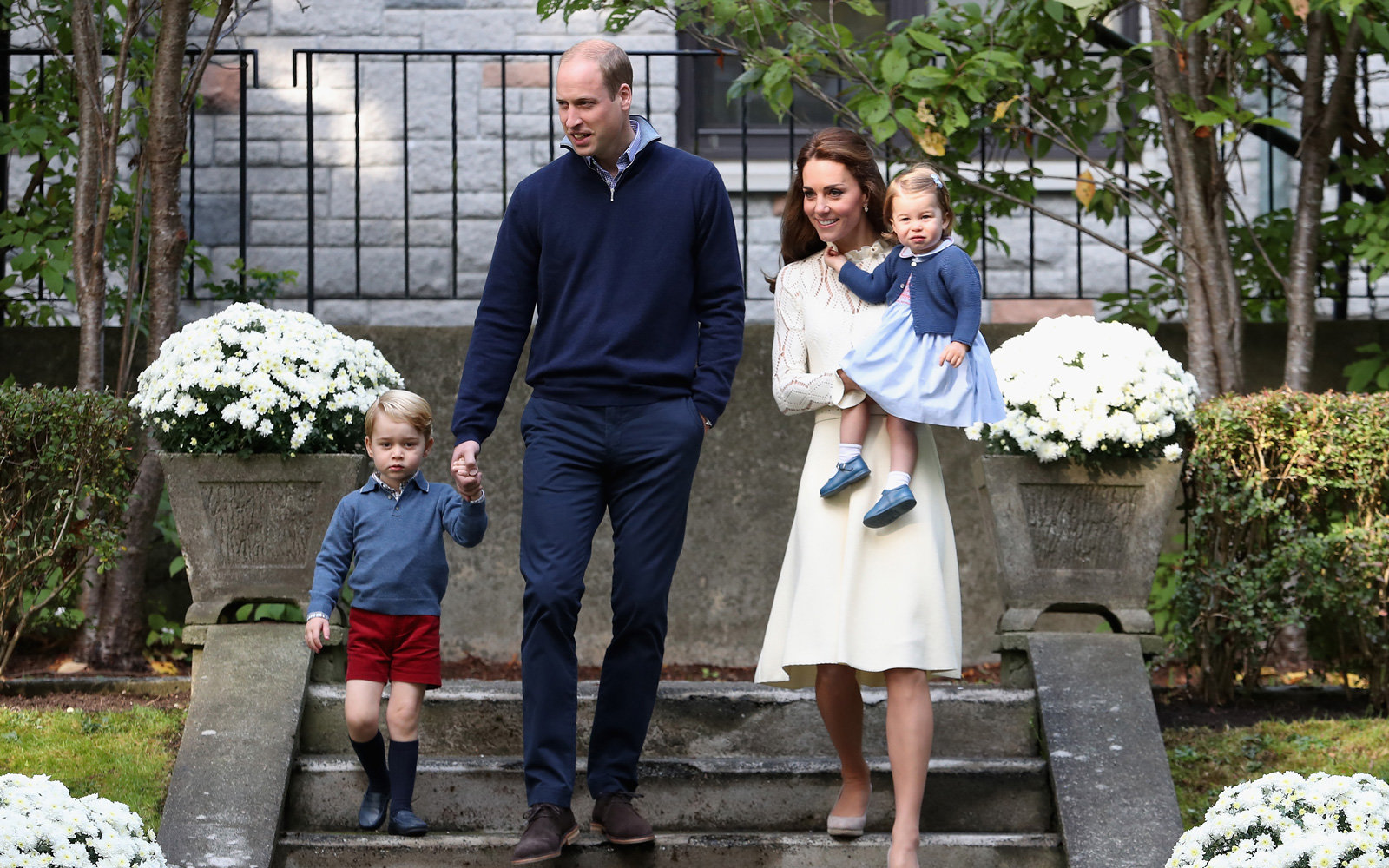 Royal family expecting baby number 3.