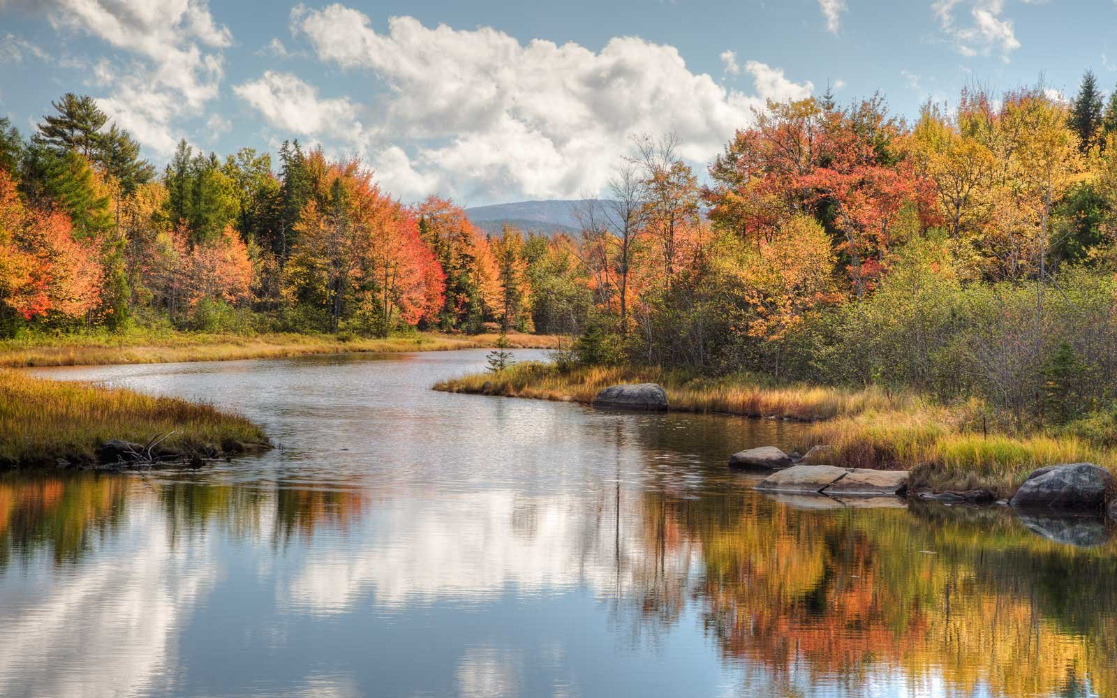 The Best Places To See Fall Foliage In The United States Travel - 8 best places in the us to watch fall foliage