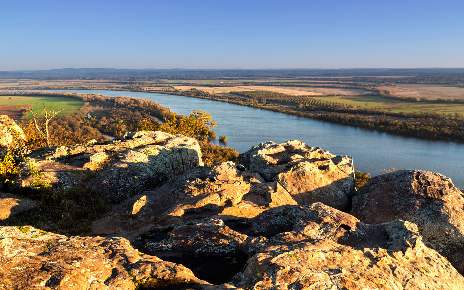 Early morning light and a breathtaking view of the Arkansas River from Stout's Point.