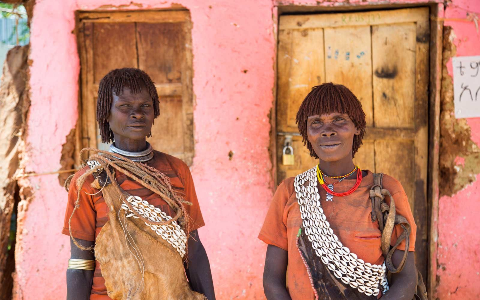 Bena tribeswomen in Key Afer