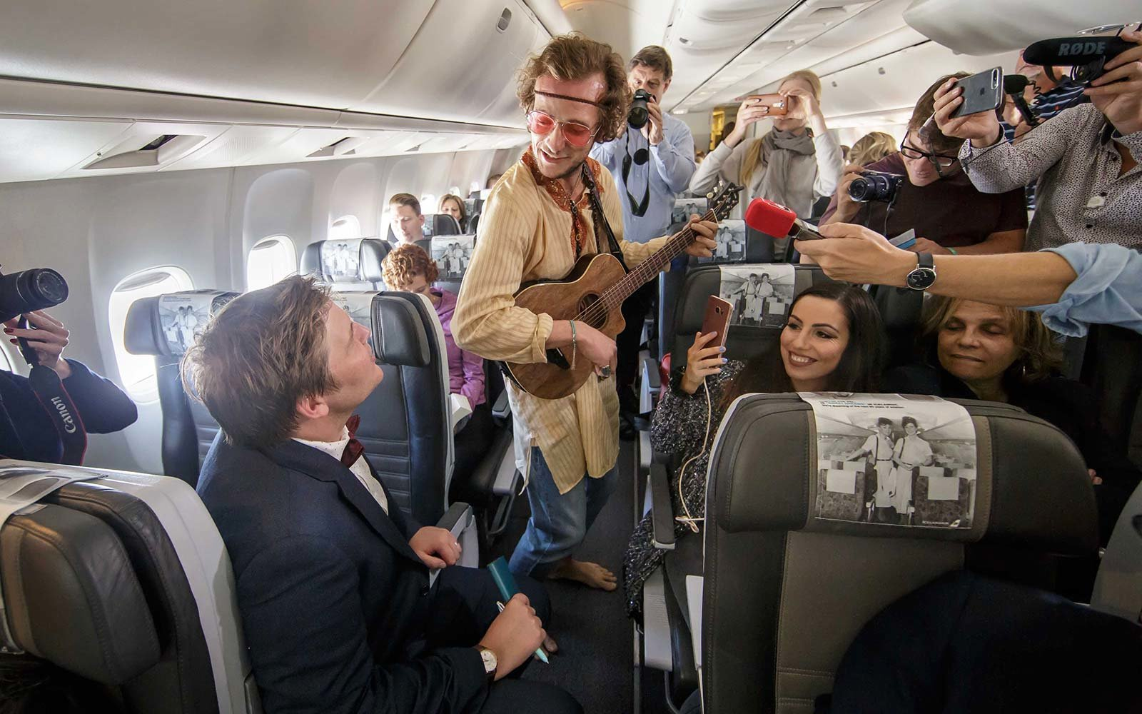 Icelandair flight Stopover Pass Ahead of Time Performance Live Entertainment