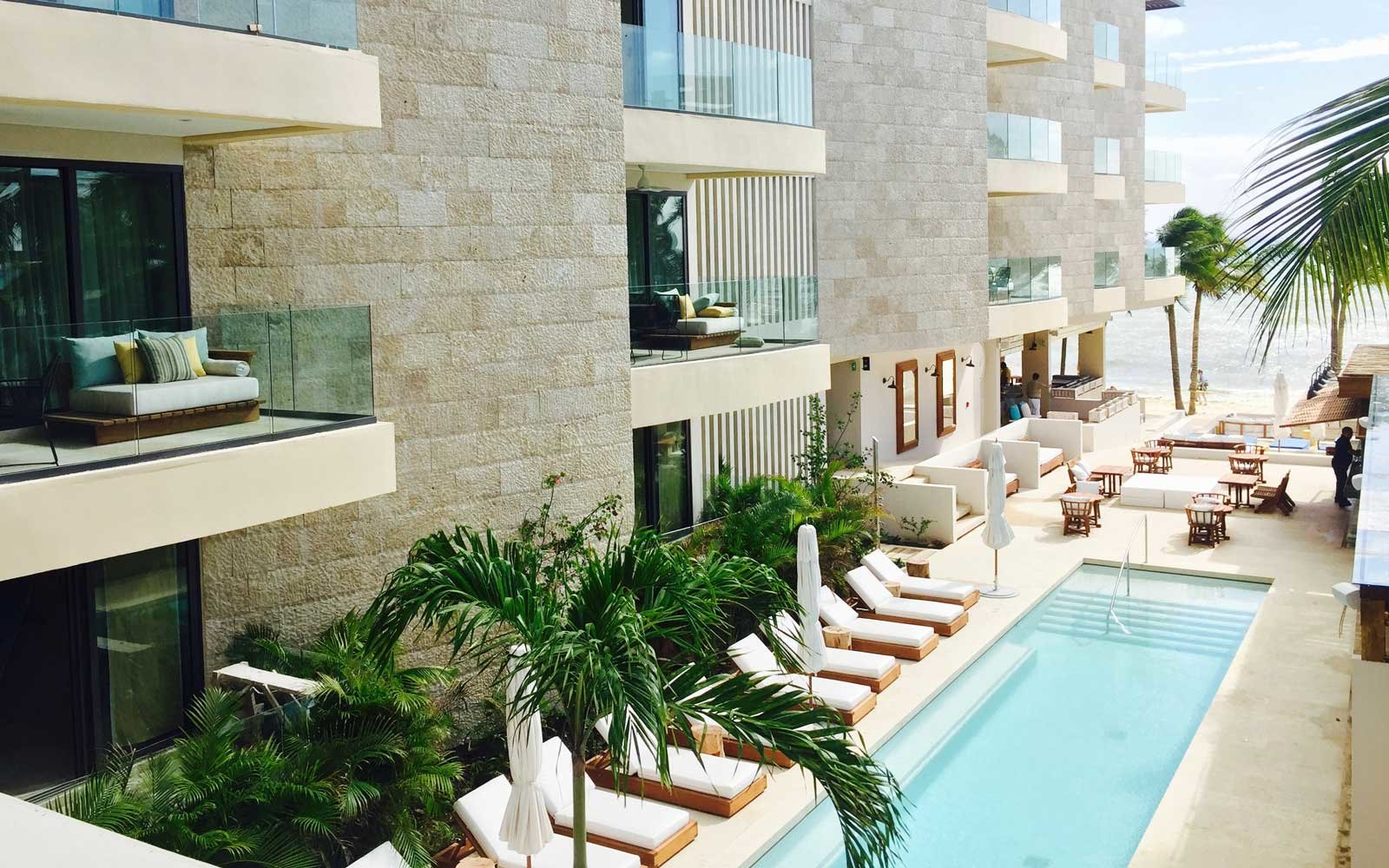 Thompson Hotel Playa del Carmen Pool