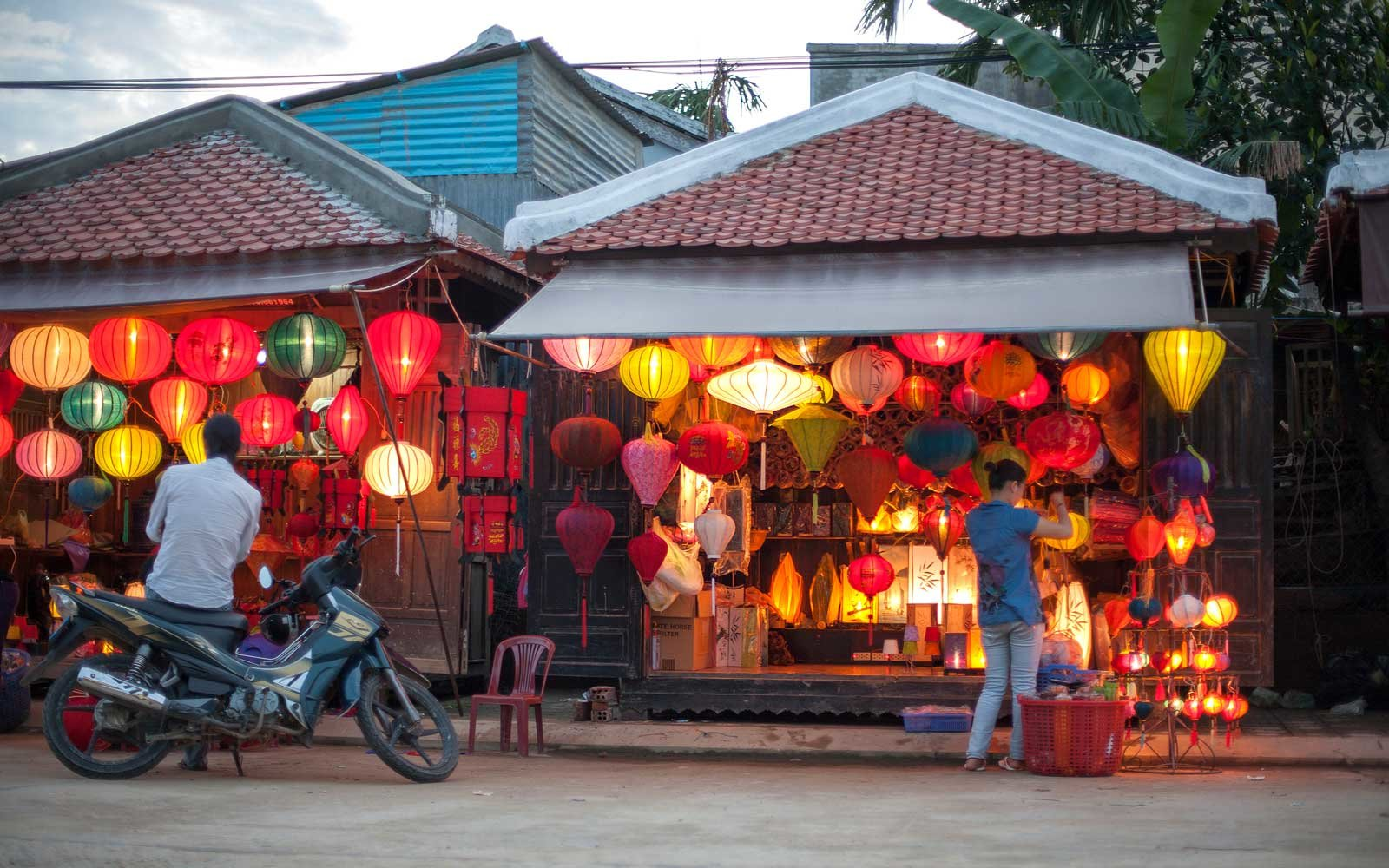 Shopping in Hoi An, Vietnam