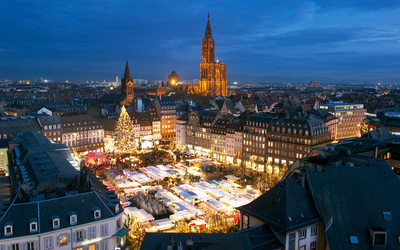 12 Holiday Cruises That Ll Take You To Christmas Markets