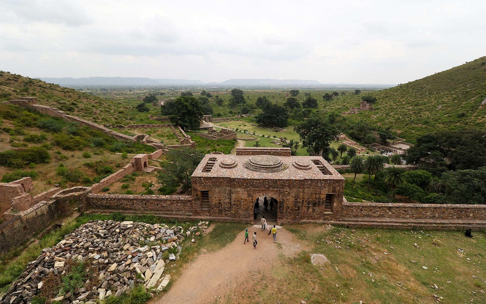 bhangarh fort india