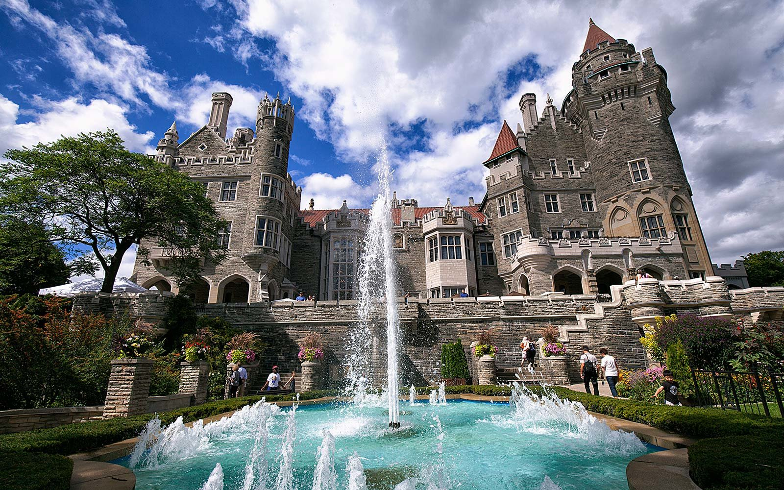 30 haunted places to visit around the world travel leisure for Casa loma mansion toronto