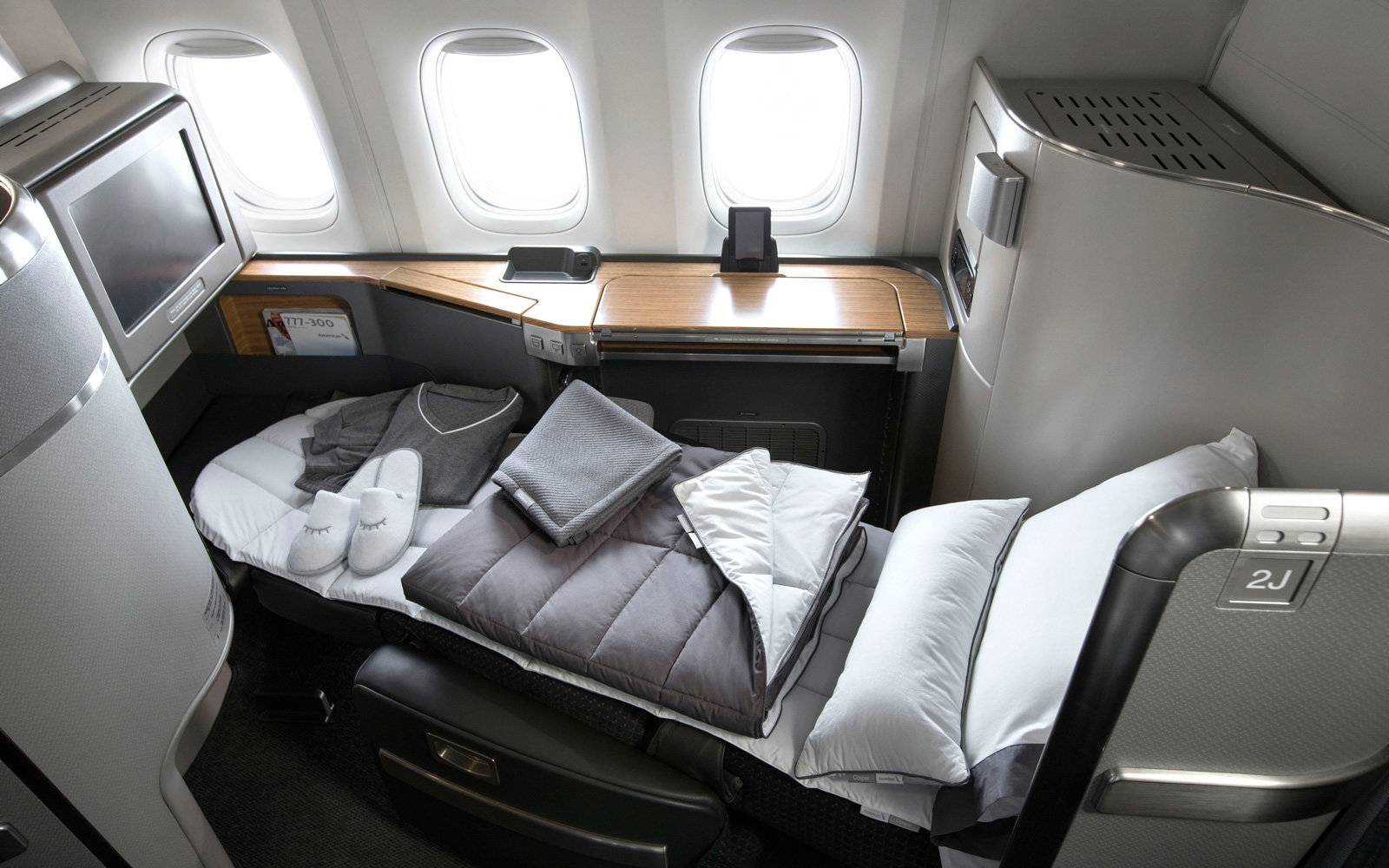 The full suite of products by Casper for American Airlines.